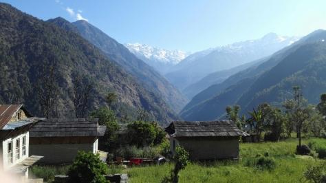 Entre Suri Dhoban et Masdig, vue sur le Yalung RI
