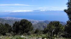 Le détroit de Messine avec au fond le massif de l'Aspromonte, prochain terrain de jeu